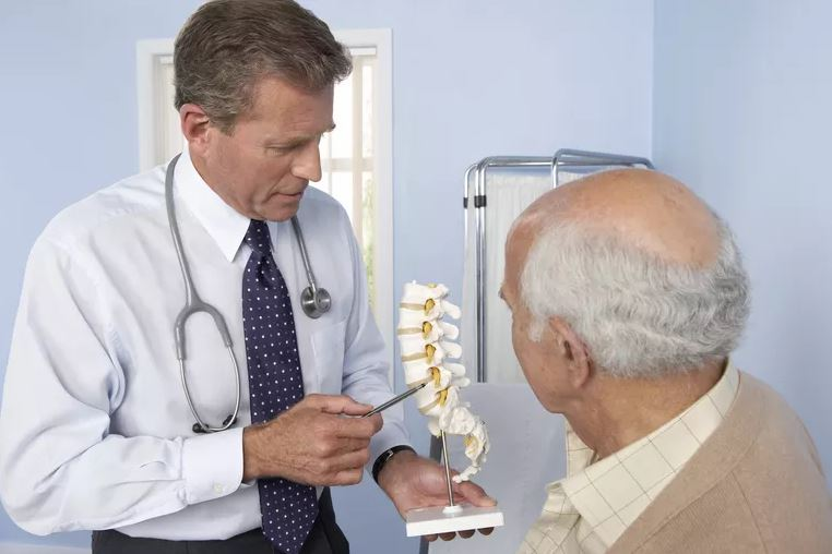 Habitudes à éviter pendant le mal du dos
